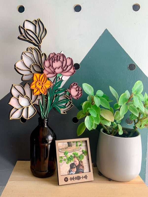 Mother's Day 2021 Wood Flower Bouquet